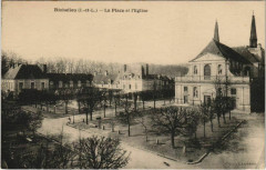 Richelieu - la place et l'Eglise - Richelieu