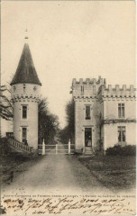Sainte-Catherine de Fierbois - Chateau de Comacre - Sainte-Catherine-de-Fierbois