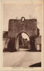 Rille - Vieille porte fortifiée - Rillé