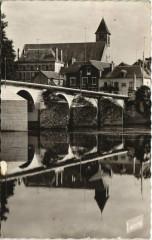 La Haye-Descartes - l'Eglise et le pont sur la creuse - Descartes
