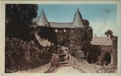 Villeloin-Coulange - Entrée de lAbbaye - Villeloin-Coulangé