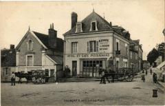 Courcay - La Place - Courçay