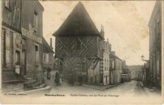 Mondoubleau-Vieille Maison rue du Pont de l'Horloge - Mondoubleau