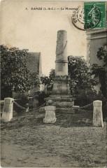 Danze-Le Monument - Danzé