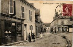Moree (L.-et-Ch.) - Place du Marché - Morée