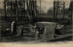 Saint-Amand-Montrond - La Table des 3 Seigneurs - Saint-Amand-Montrond