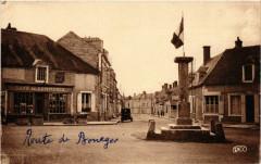 Bruere-Allichamps - Colonne centre de la France et Rue de la Poste - Bruère-Allichamps