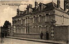 Saint-Amand-Montrond Groupe Scolaire 18 Saint-Amand-Montrond