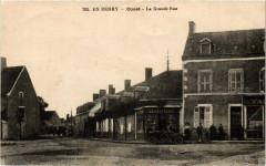 En Berry Coust La Grand Rue - Coust