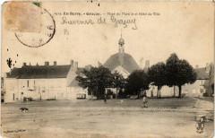 En Berry Gracay Place du Marche et Hotel de Ville - Graçay