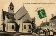 En Berry. Germigny-L'Exempt Abside et sortie de la Messe - Germigny-l'Exempt
