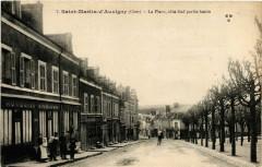 Saint-Martin-d'Auxigny La Place coté Sud partie haute - Saint-Martin-d'Auxigny
