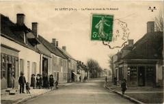 Levet La Place et route de St-Amand - Levet