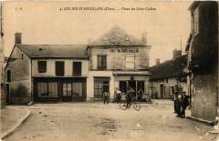 Les Aix-D'Angillon Place du Gros Caillou - Les Aix-d'Angillon