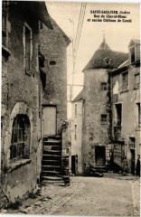 Saint-Gaultier - Rue du Cheval-Blanc et ancien Chateau de - Saint-Gaultier