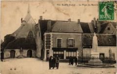 Reuilly - La Place du Marché - Reuilly
