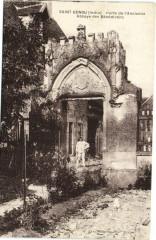 Saint-Genou - Porte d'Ancienne Abbaye des Bénédictins - Saint-Genou