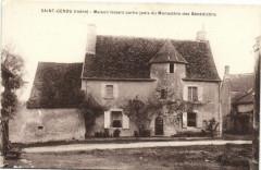 Saint-Genou - Maison faisant partie jadis du Monastere.... - Saint-Genou