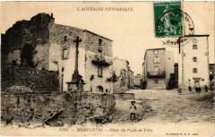 Mirefleurs - Place du Poids de Ville - Mirefleurs