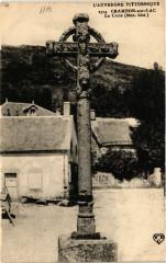 L'Auvergne Pittoresque Chambon-sur-Lac La Croix - Chambon-sur-Lac