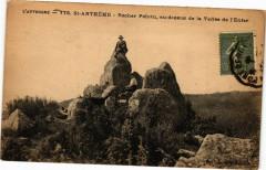 Saint-Antheme - Rocher Pointu au dessus de la Vallée l'Enfer - Saint-Anthème