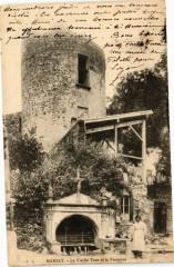 Marsat - Le Vieille Tour et la Fontaine - Marsat