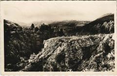 Env.de Menet Gorges de la Clidelle France - Menet