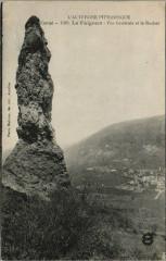 Le Falgoux vue generale et le Rocher France - Le Falgoux