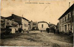 La Roche Vineuse Sommere, La Place France - La Roche-Vineuse