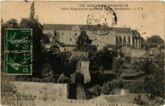 Semur-en-Brionnais - Petit Seminaire et Parte de Madeleine - Semur-en-Brionnais