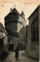 Arnay-le-Duc Tour de l'ancien chateau de la Motte-Forte - Arnay-le-Duc