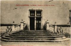 Thoisy-la-Berchere - Le Chateau - Escalier de la Cour des Gardes - Thoisy-la-Berchère