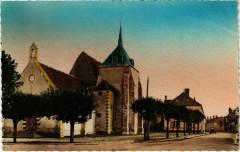 Champcevrais - La Place de l'Eglise - Champcevrais