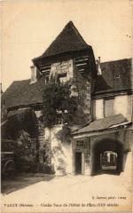 Varzy Vieille Tour de l'Hotel de l'Ecu Nievre - Varzy