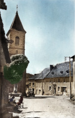 Comiac - Place de l'Eglise - Sousceyrac-en-Quercy