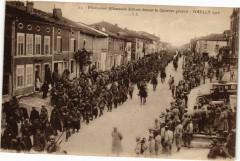 Souilly - Prisoinniers Allemands défilant le Quartier général - Souilly