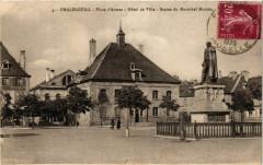 Phalsbourg Place d'Armes Hotel de Ville Statue du Marechal - Phalsbourg