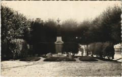 La Neuville-Roy Le Monument aux Morts - La Neuville-Roy