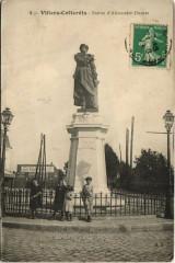 Villers-Cotterets Statue d'Alexandre Dumas - Villers-Cotterêts