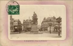 Saint-Quentin Place du 8 Octobre - Saint-Quentin