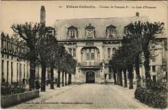 Villers-Cotterets Chateau de Francois Ier La Cour d'Honneur - Villers-Cotterêts