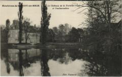 Le Chateau de la Fortelle et l'Embarcadere - Env de Rozoy-en-Brie - Brie