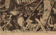 Courcelles - Habitants dans les Decombres de leur Maison - Urcel
