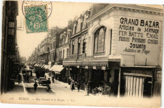 Berck - Rue Carnot et le bazar 62 Berck