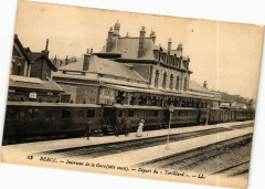 Berck - Interieur de la Gare (coté ouest) - Départ du Tortillard 62 Berck
