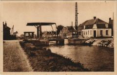 Watten - Le pont et l'Ecluse - Watten