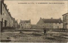 La Normandie La Cpa Le Merlerault Place du Marche - Le Merlerault