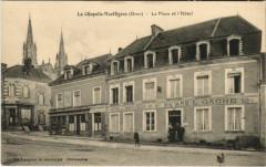 La Chapelle Montligeon La Place et l'Hotel - La Chapelle-Montligeon