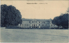 Isigny-sur-Mer - L'Hotel de Ville - Isigny-sur-Mer