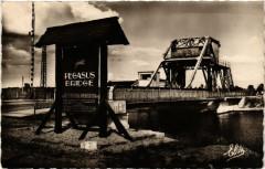 Benouville - Pegasus Bridge : The firSaint-. - Bénouville